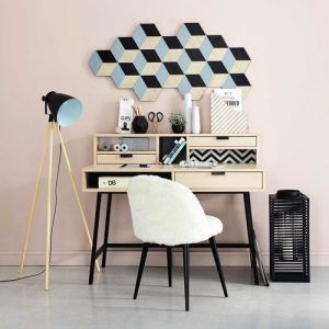 tudiants nos conseils pour survivre dans votre premier appartement. Black Bedroom Furniture Sets. Home Design Ideas