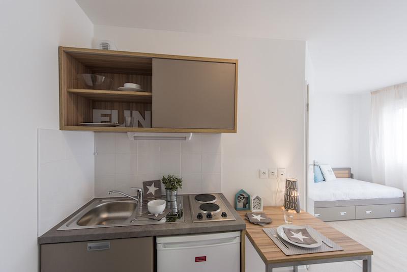R sidence tudiante les academies des bassins a flots for Maison appartement bordeaux